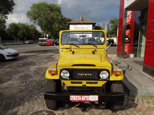 toyota fj40 restavriran spektaauto upotrebqvan avtomobil burgas (3)