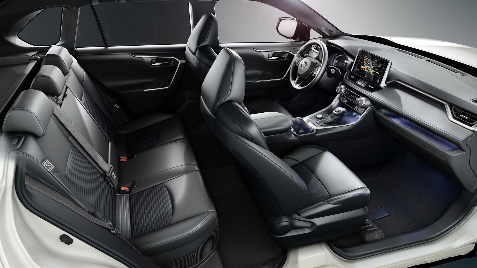 <span id='firsttitle'>Toyota RAV4 HYBRID</span><br><span id='secondTitle'>Специално предложение</span>